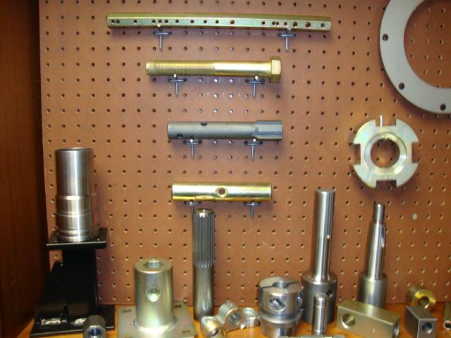 parts-display2